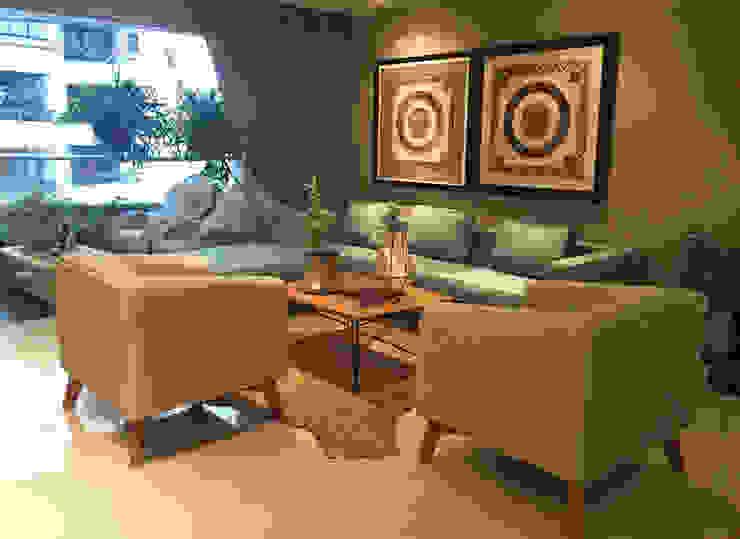 Apartamento en el Oeste de Cali ANA ESTRADA DISEÑO INTERIOR Salas de estilo ecléctico Madera maciza Gris