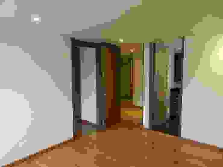 Remodelación Total Apartamento Bogotá Habitaciones modernas de ANA ESTRADA DISEÑO INTERIOR Moderno Madera Acabado en madera