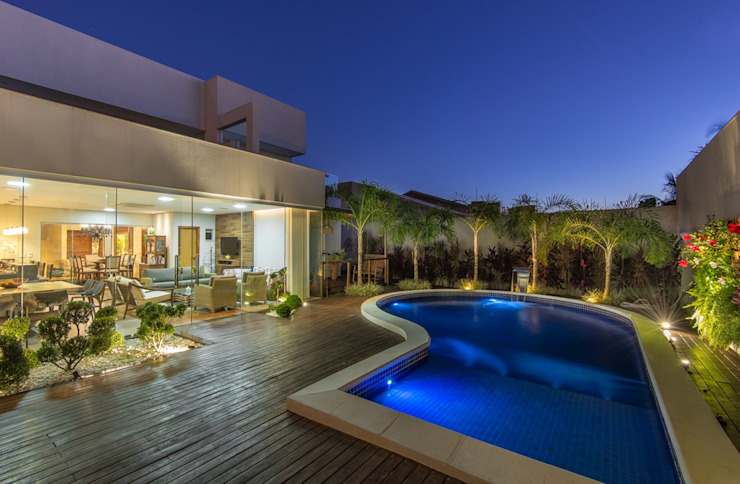Charis Guernieri Arquitetura Modern Pool
