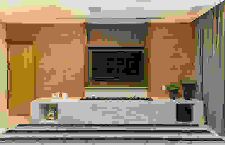 Charis Guernieri Arquitetura Modern Media Room