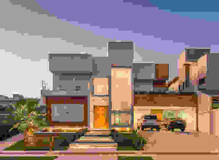 Fachada (projeto arquitetônico: Lucio Mauro Gomes) Charis Guernieri Arquitetura Casas modernas