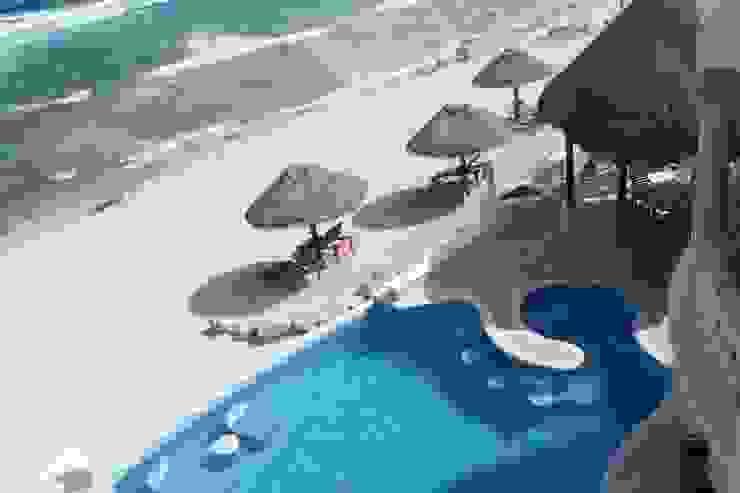 de DHI Arquitectos y Constructores de la Riviera Maya Ecléctico
