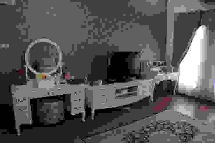 Rumah di Duren Sawit, jakarta Kamar Tidur Klasik Oleh Anantawikrama Studio Klasik