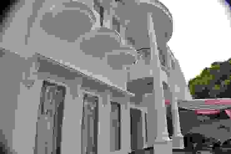 Rumah di Duren Sawit, jakarta Rumah Klasik Oleh Anantawikrama Studio Klasik