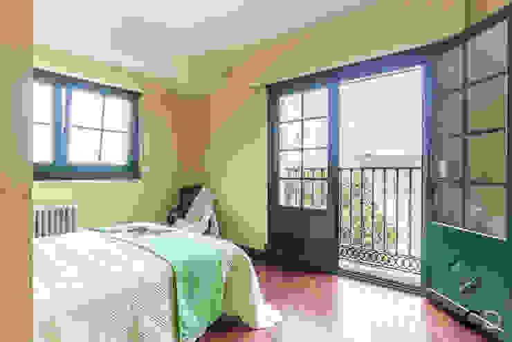 DORMITORIO PRINCIPAL Dormitorios de estilo rural de CCVO Design and Staging Rural