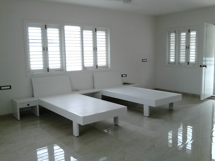 Rawadapura Tobacco Office AOM Interior Offices & stores White