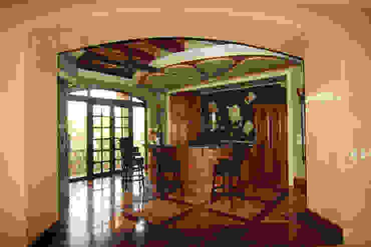 Bodegas de estilo ecléctico de DHI Riviera Maya Architects & Contractors Ecléctico