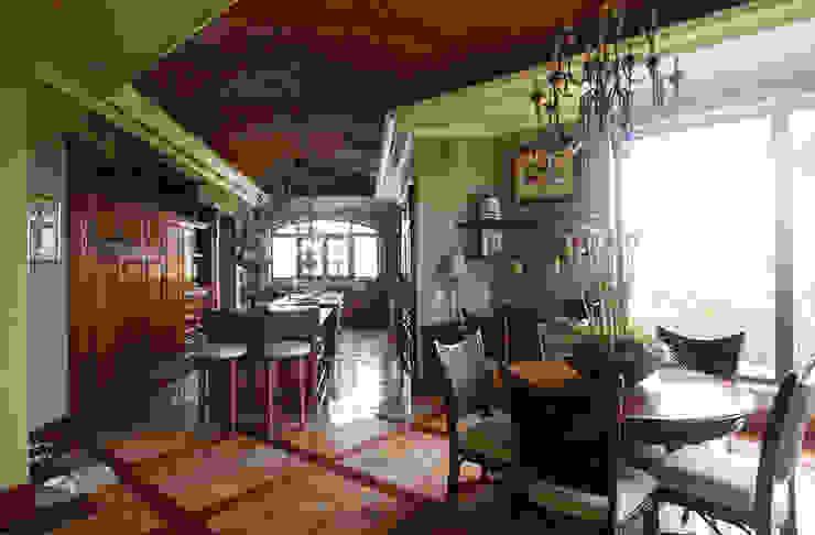 de DHI Riviera Maya Architects & Contractors Colonial