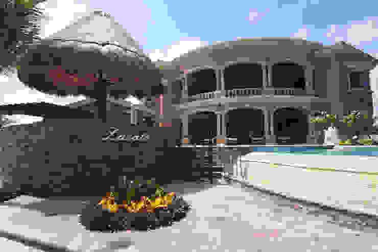 de DHI Riviera Maya Architects & Contractors Ecléctico