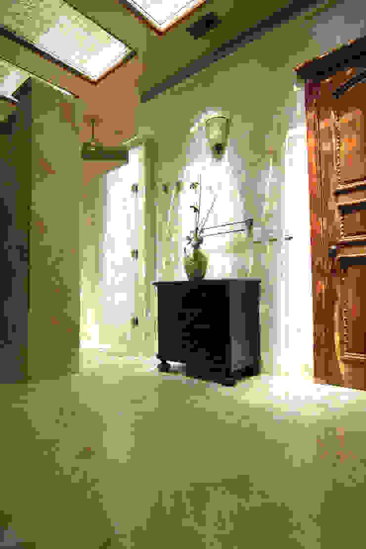 Baños de estilo ecléctico de DHI Riviera Maya Architects & Contractors Ecléctico