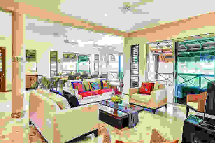 Sombras del viento Salones tropicales de DHI Riviera Maya Architects & Contractors Tropical