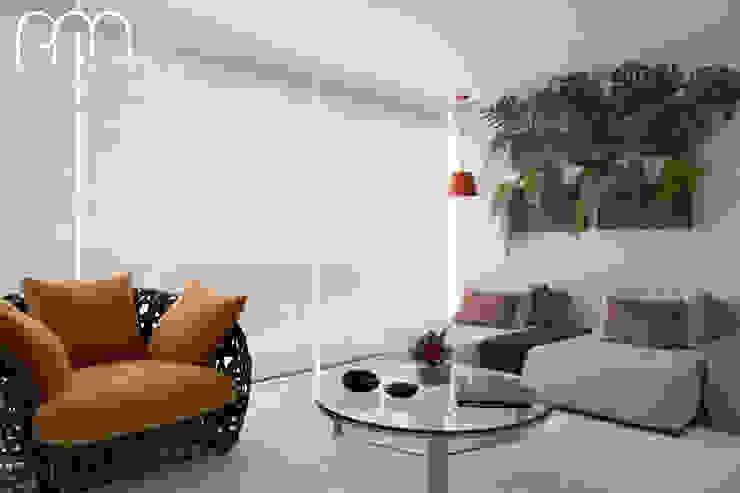 Paula Müller Arquitetura e Design de Interiores Balcones y terrazas modernos