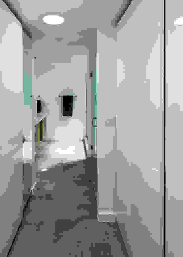 ARCHI-TEXTUAL, PLLC 現代浴室設計點子、靈感&圖片