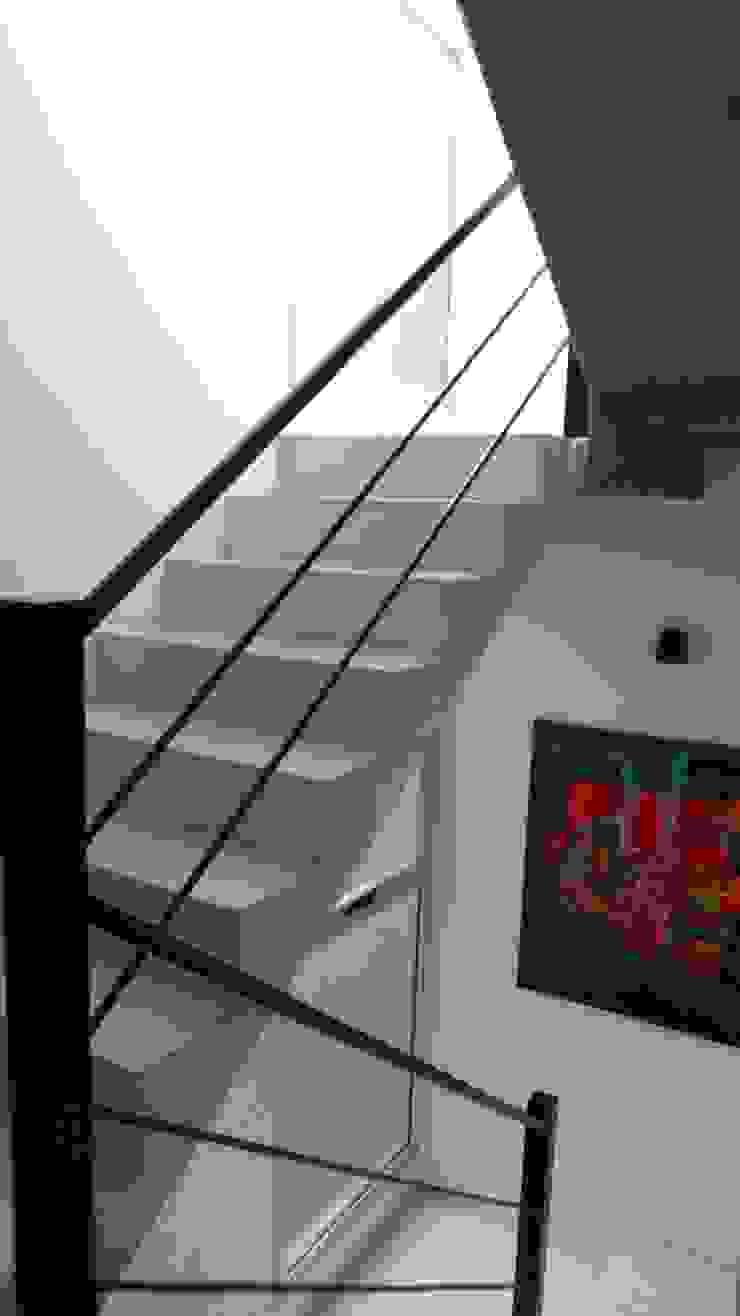 Casa Armento Pasillos, vestíbulos y escaleras modernos de NG Estudio Moderno Concreto reforzado