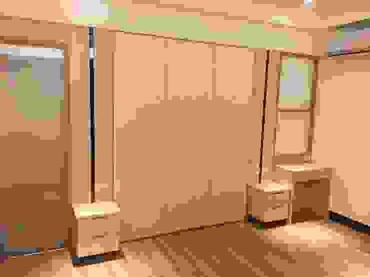新竹透天厝 黑、白、木紋 經典三色 根據 捷士空間設計(省錢裝潢) 現代風