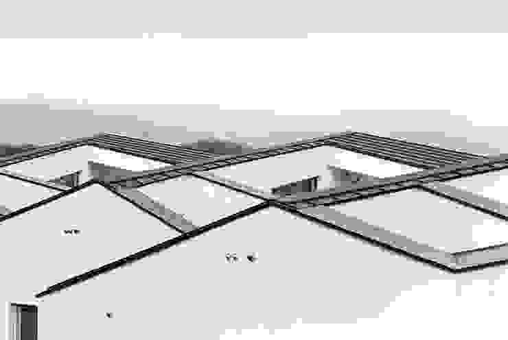 Rumah Modern Oleh HGA 건축디자인연구소 Modern Beton