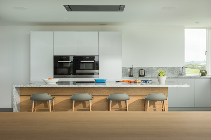 Contemporary Replacement Dwelling, Cubert by Laurence Associates Modern