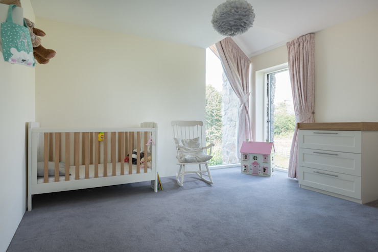 Contemporary Replacement Dwelling, Cubert:  Nursery/kid's room by Laurence Associates,