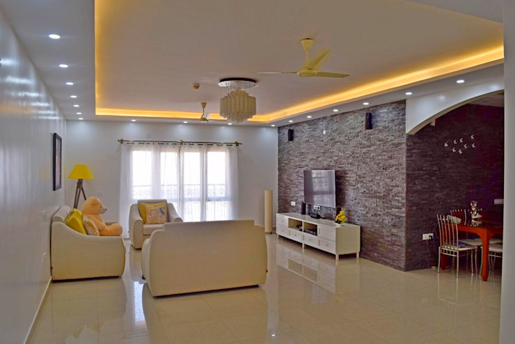 L&T South city, 3 BHK - Mr. Sundaresh:  Living room by DECOR DREAMS,
