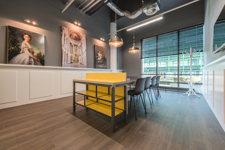 Het Nieuwe Kantoor Den Haag Klassieke kantoor- & winkelruimten van You surround You Klassiek