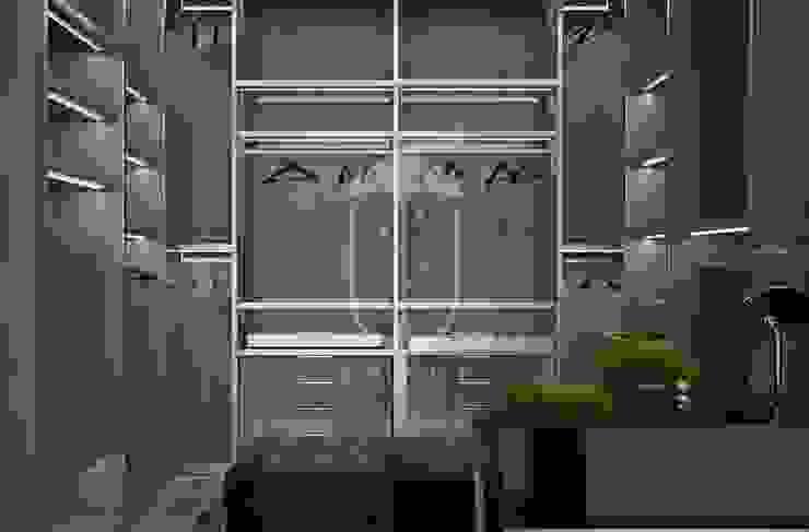 Closets de estilo clásico de U-Style design studio Clásico