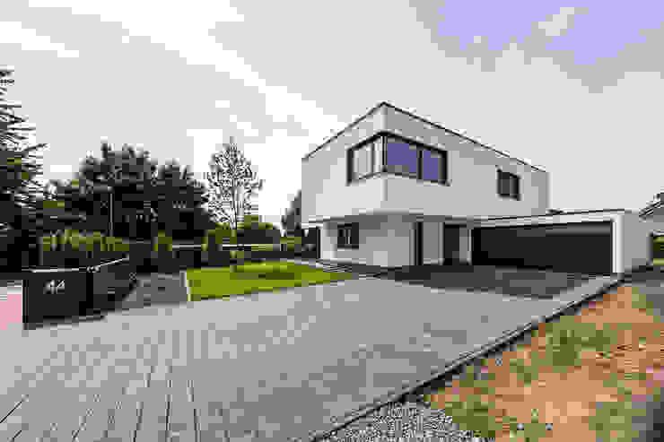 Spiel mit drei Kuben Moderne Häuser von Helwig Haus und Raum Planungs GmbH Modern