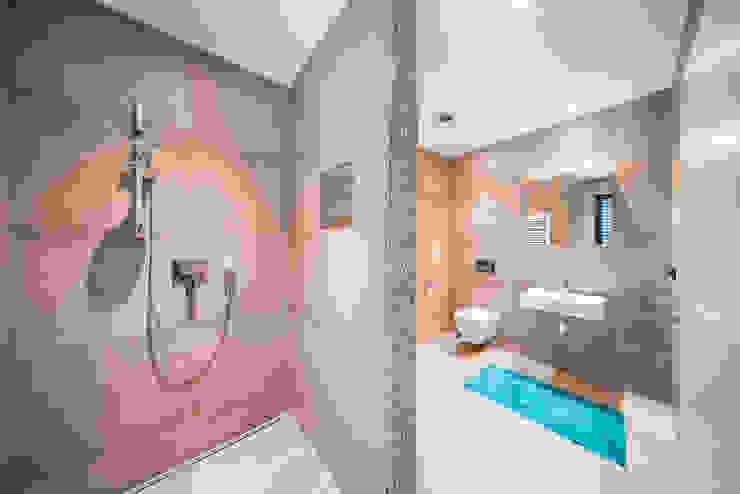 Modern bathroom by Helwig Haus und Raum Planungs GmbH Modern