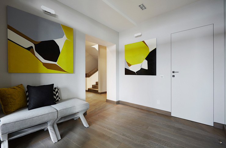 House in Minsk Modern Corridor, Hallway and Staircase by Unique Design Company Modern