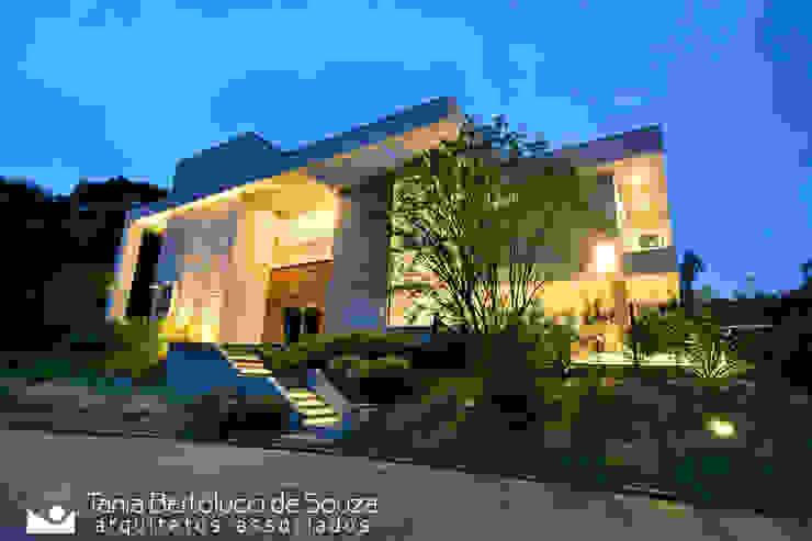 Oleh Tania Bertolucci de Souza | Arquitetos Associados Modern