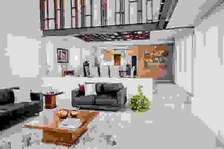 Salas de estilo  por Constructora e Inmobiliaria Catarsis, Moderno Madera Acabado en madera