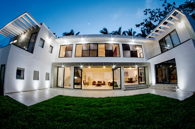 Casas unifamiliares de estilo  por Constructora e Inmobiliaria Catarsis, Moderno Concreto reforzado