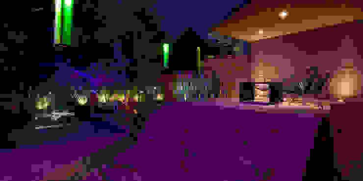 Boutique de Arquitectura (Sonotectura + Refaccionaria) Modern balcony, veranda & terrace