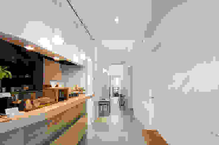 coneco bld. ミニマルデザインの キッチン の 一色玲児 建築設計事務所 / ISSHIKI REIJI ARCHITECTS ミニマル