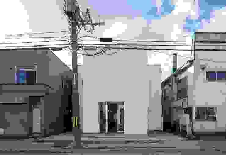 coneco bld. ミニマルな 家 の 一色玲児 建築設計事務所 / ISSHIKI REIJI ARCHITECTS ミニマル