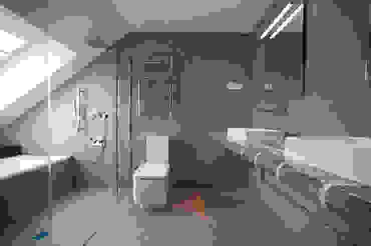 Bathroom by Gumuzio&MIGOYA arquitectura e interiorismo, Modern