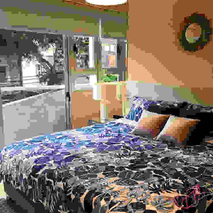 ESPACIO MIXTO Dormitorios de estilo clásico de LOVE IS ALL Clásico