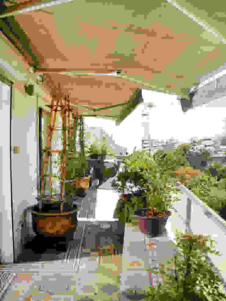 Terraza Balcones y terrazas eclécticos de Francisco Vicuña Balaresque Ecléctico