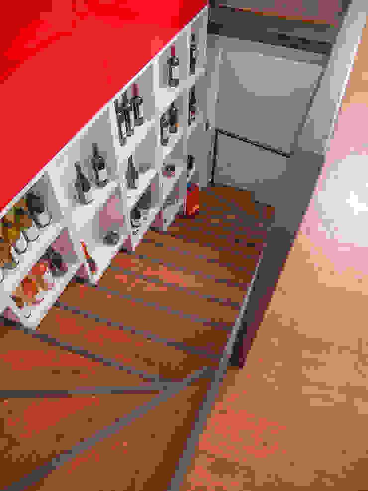 Penthouse Triplex · Barrio Italia Pasillos, vestíbulos y escaleras industriales de Francisco Vicuña Balaresque Industrial