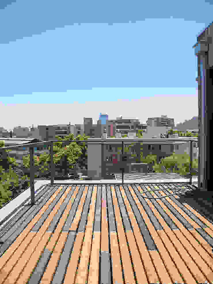 Penthouse Triplex · Barrio Italia Balcones y terrazas industriales de Francisco Vicuña Balaresque Industrial