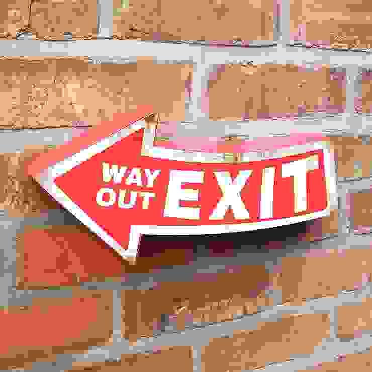 Exit 3D Metal Door Sign Way Out Rustic Vintage Wall Plaque de Vintagist.com Rústico