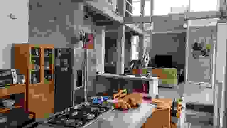 Vivienda Campestre Sostenible 1 - 2016: Cocinas de estilo  por PILO Arquitectura , Minimalista