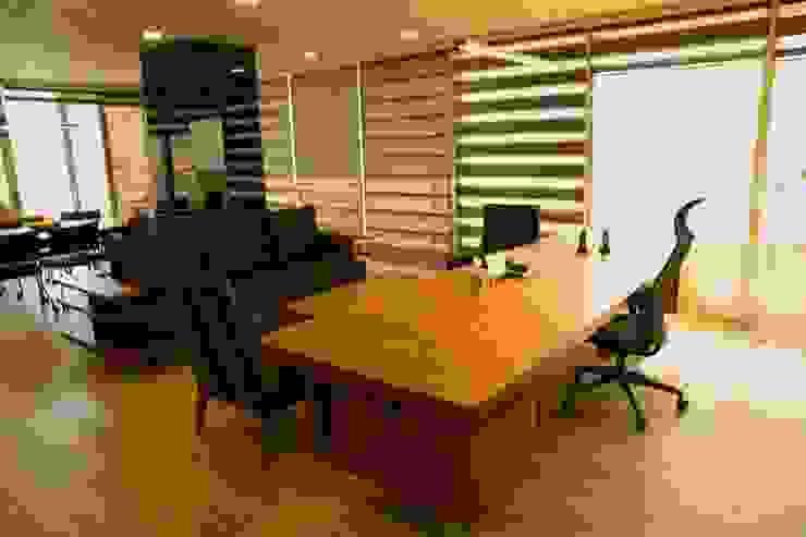 DerganÇARPAR Mimarlık  – İLHANLAR DEMİR ÇELİK OFİS :  tarz Ofis Alanları,