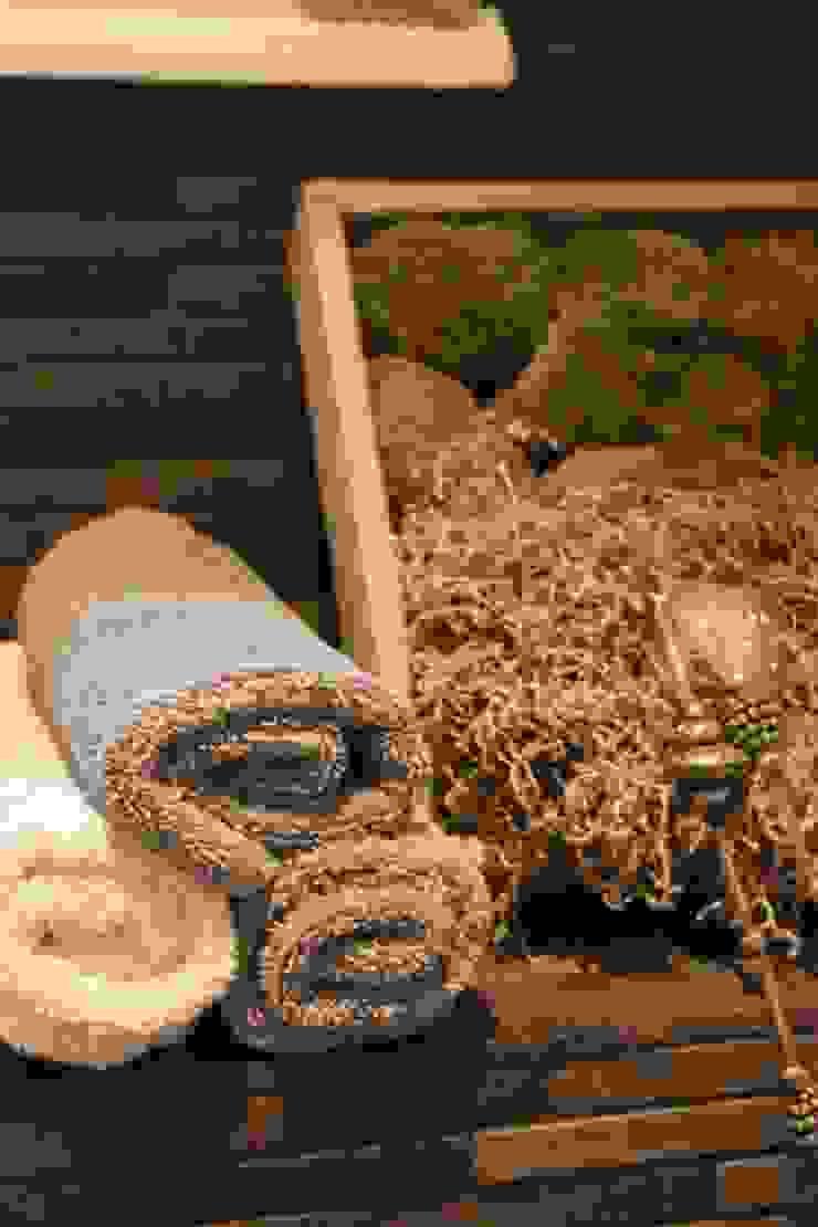 Toiletruimte Landelijke badkamers van janny doornbos architektonische vormgeving Landelijk