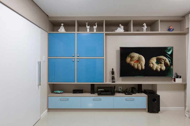 DM ARQUITETURA E ENGENHARIA Modern style media rooms Blue