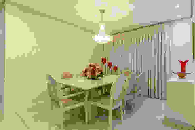 Sala de Jantar Salas de jantar modernas por DM ARQUITETURA E ENGENHARIA Moderno