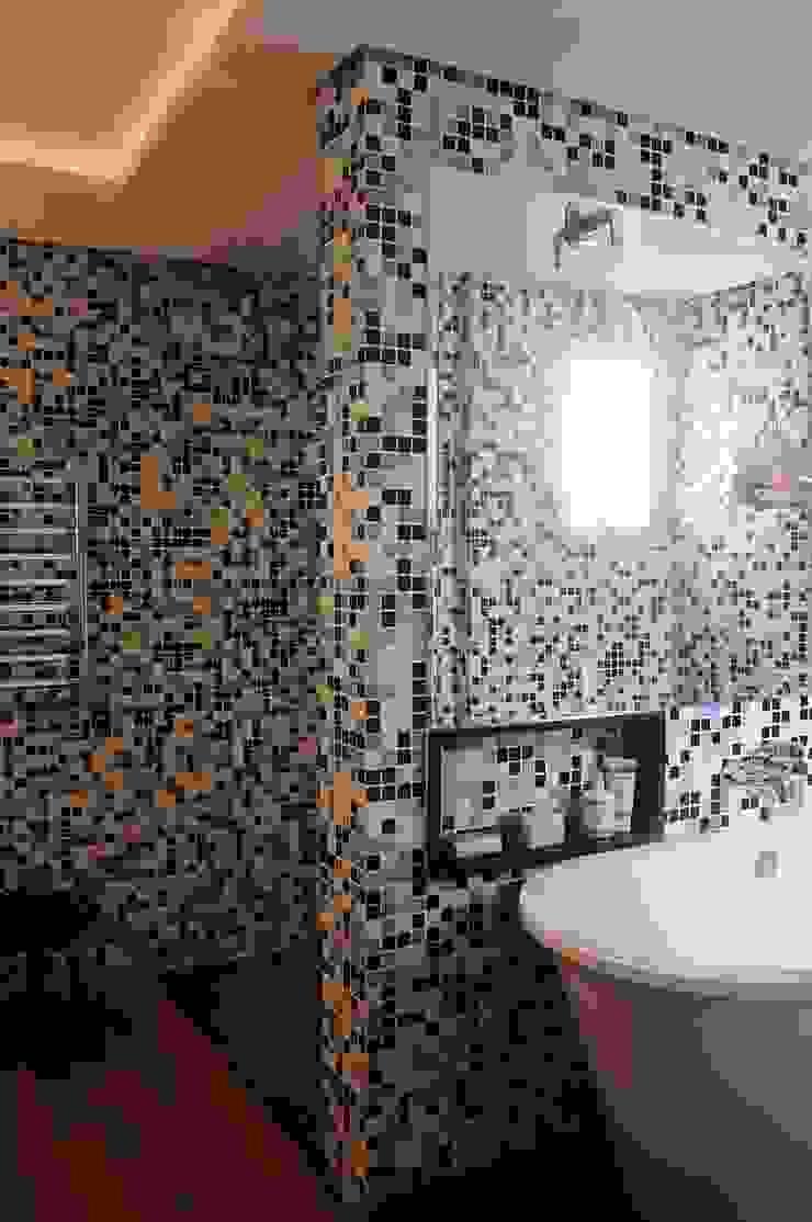 Modern bathroom by MARIA FERNANDA PEREIRA Modern Tiles