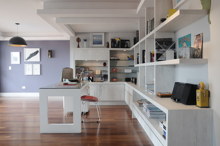 MARIA FERNANDA PEREIRA Modern style study/office Wood White