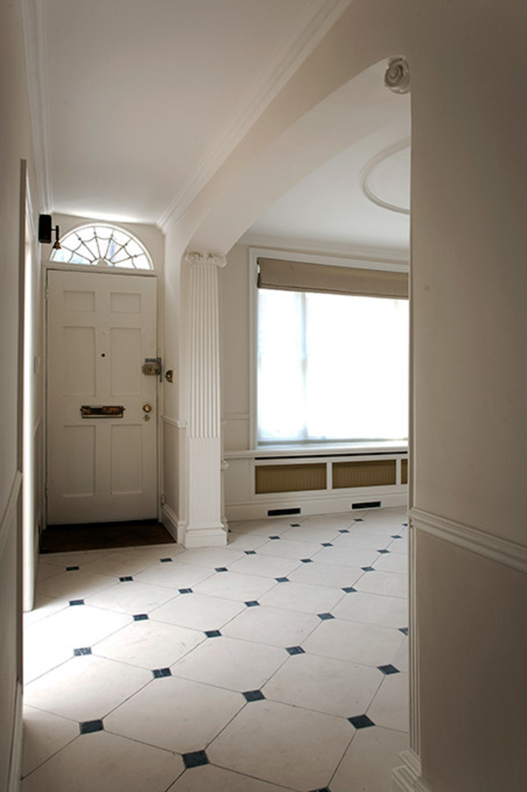Entrance and Hall Prestige Architects By Marco Braghiroli Modern Corridor, Hallway and Staircase