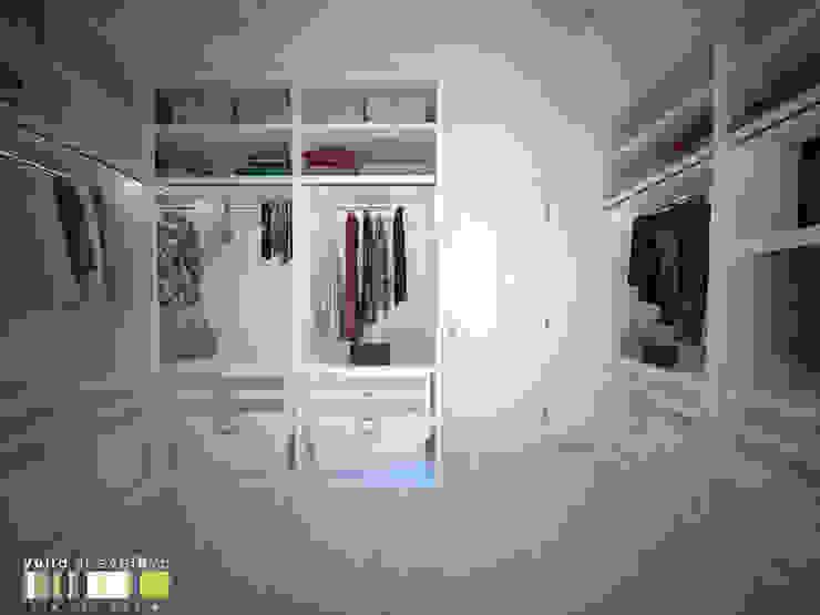 Closets de estilo clásico de Мастерская интерьера Юлии Шевелевой Clásico