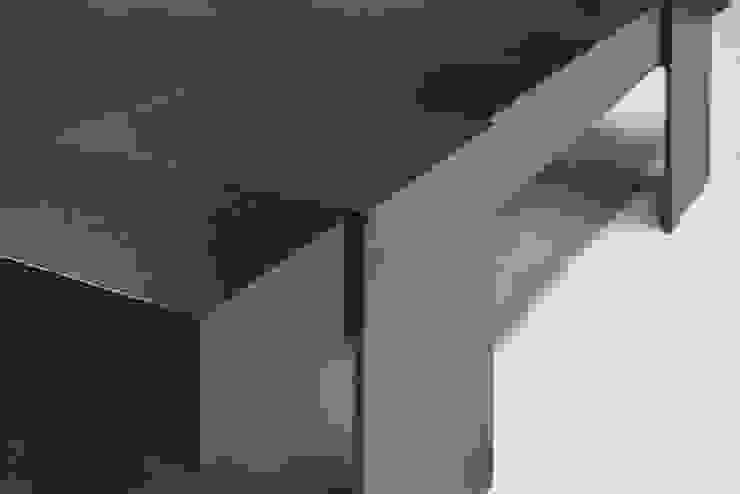 Warren Coffee Table: modern  by Aguirre Design , Modern